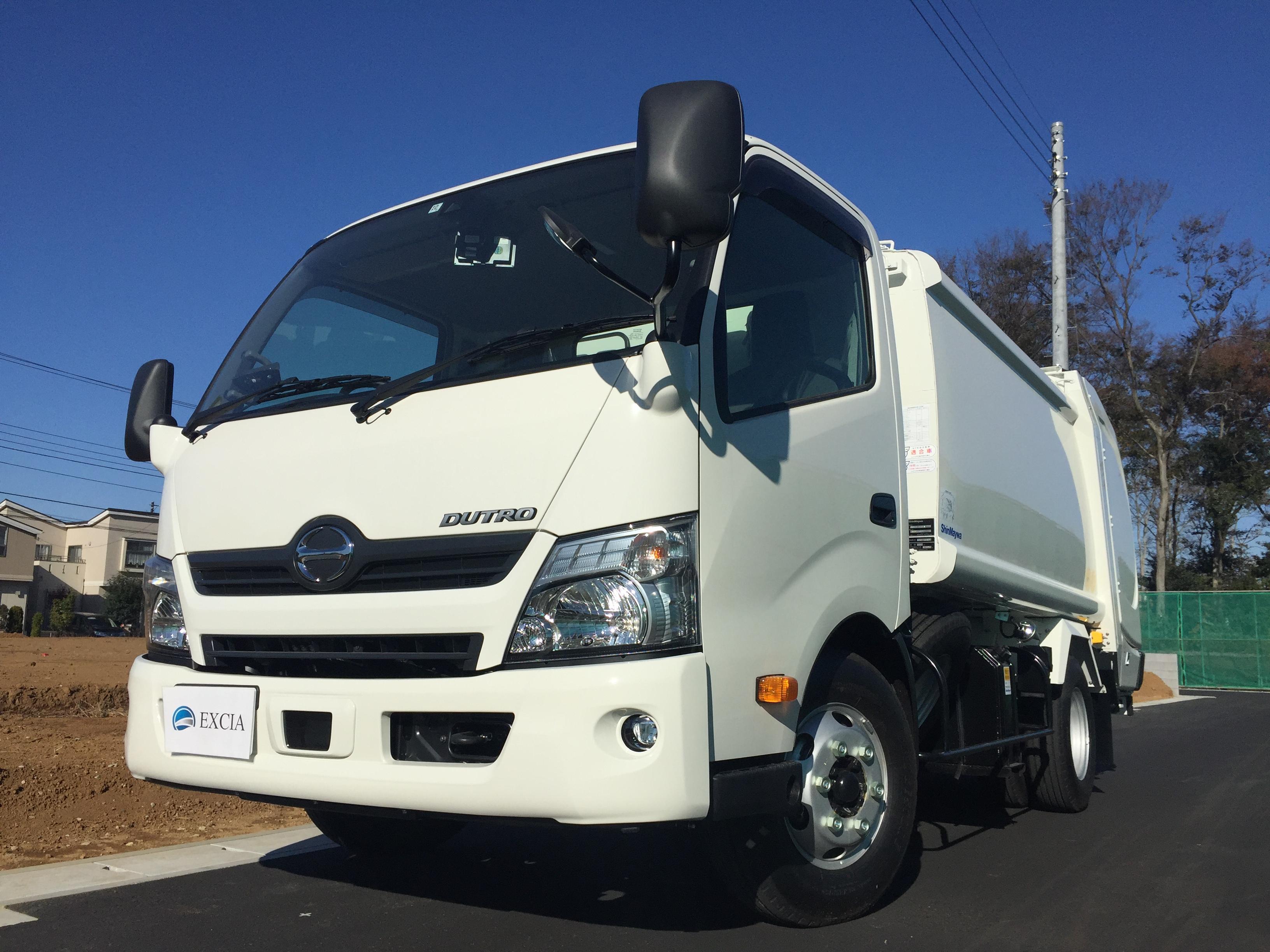日野 デュトロ 回転板式パッカー車 積載2,800kg(6.1㎥) 平成29年式 6MT